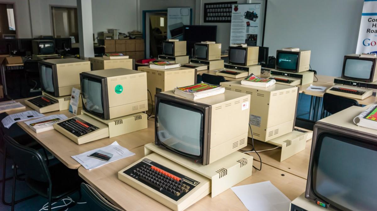 Os computadores escolhidos pela BBC foram uma peça central das escolas inglesas durante anos. Devido à qualidade de construção muitos ainda hoje funcionam, mesmo estando completamente obsoletos